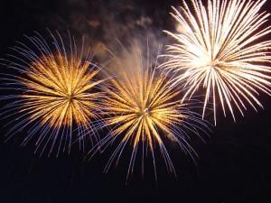 512px-Bratislava_New_Year_Fireworks
