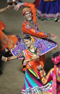 Garba_(dance)