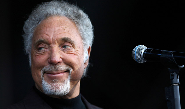 Tom Jones Performance