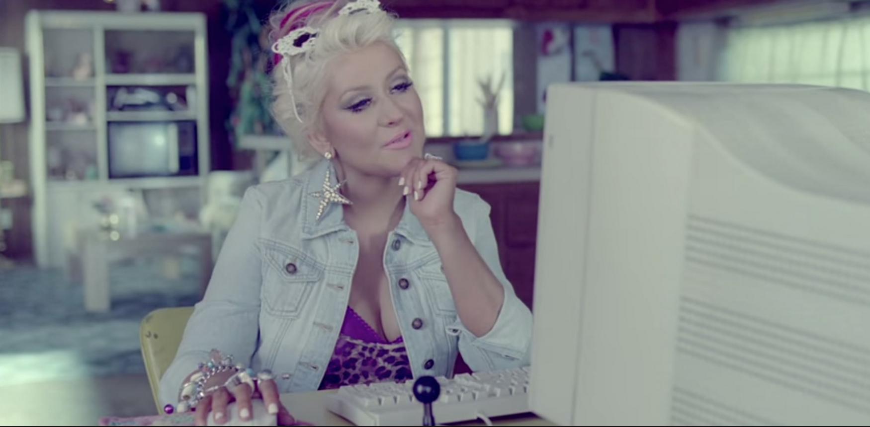 An image of Christina Aguilera on a computer
