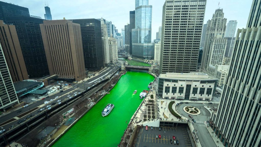 An image of the green river in Chicago for St Patrick's Day