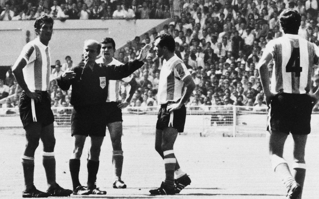 1966 World Cup quarter finals - England v. Argentina
